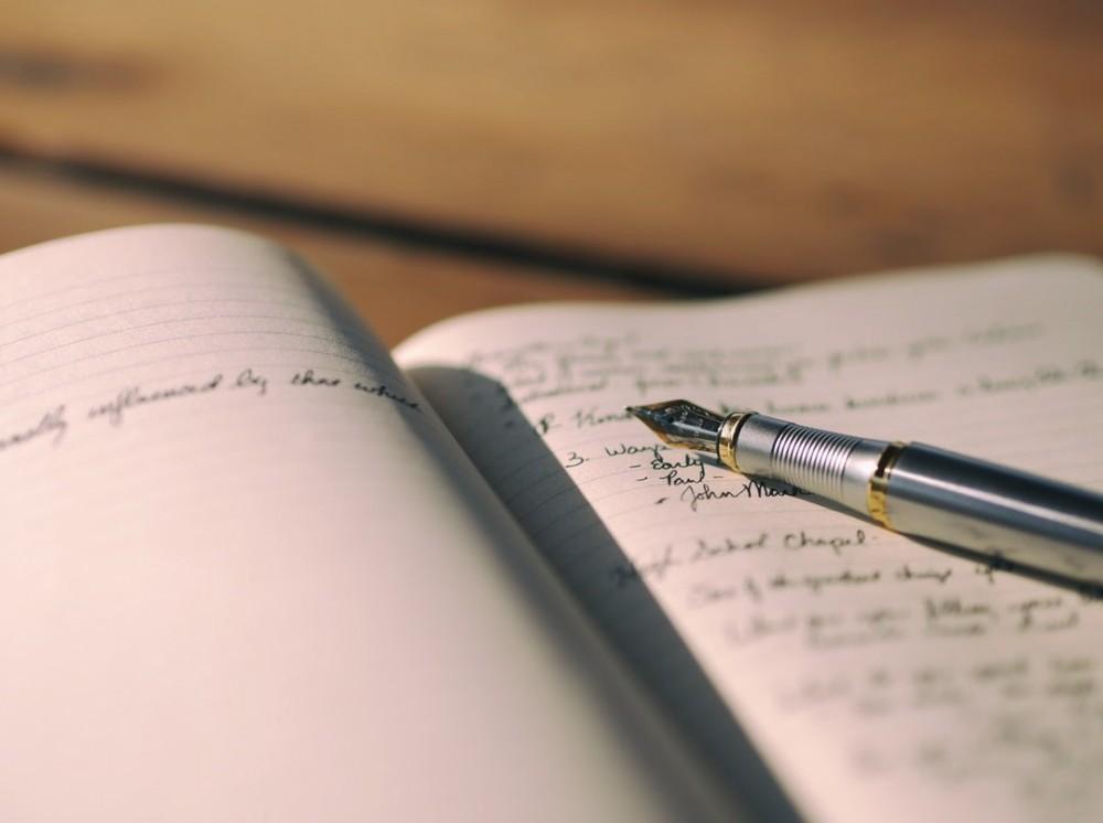 creative-ways-to-start-a-story-unsplash-aaron-burden
